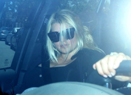 Gym Rat Jessica Simpson Manages To Tear Herself Away From Fiance's Penis 0607