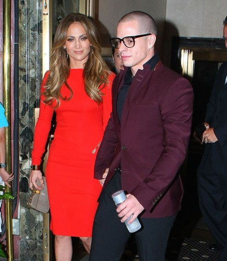 Casper Smart Caught In A Gay Sex Booth Without Jennifer Lopez (Photos)