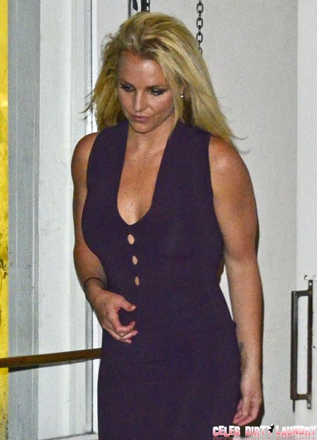 Simon Cowell Manipulates Britney Spears To Break Up With Jason Trawick?