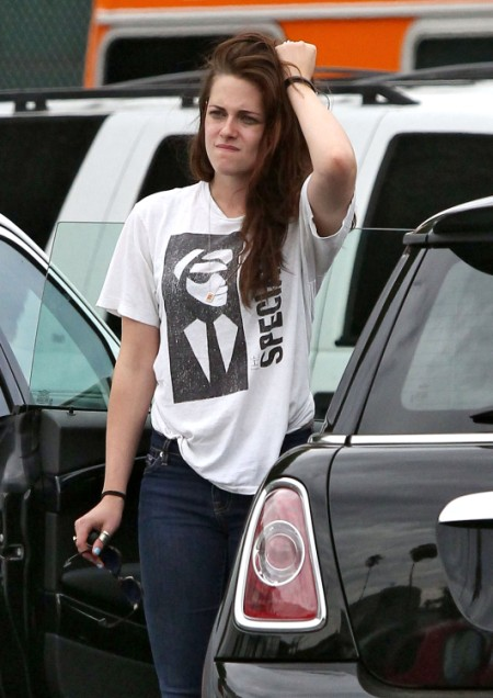 Report: Kristen Stewart Now Sleeping With Giovanni Agnelli 0805