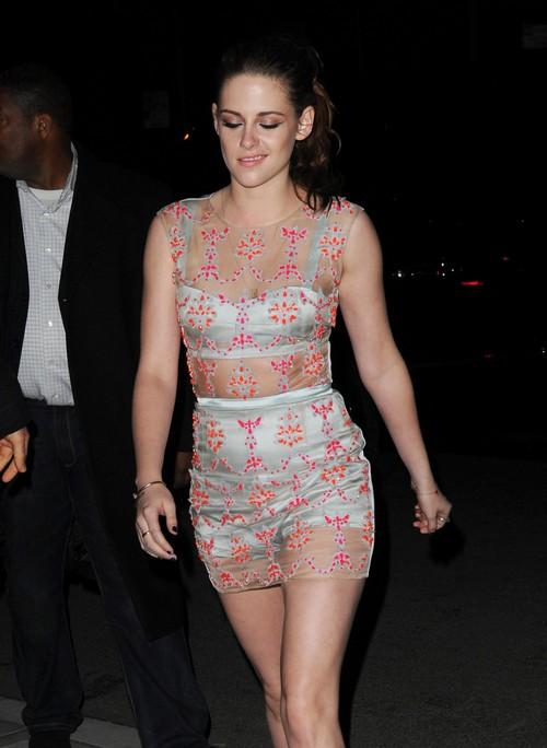 Kristen Stewart Break Down, Blames Failing Career On Jennifer Aniston, Katy Perry, and Jennifer Lawrence