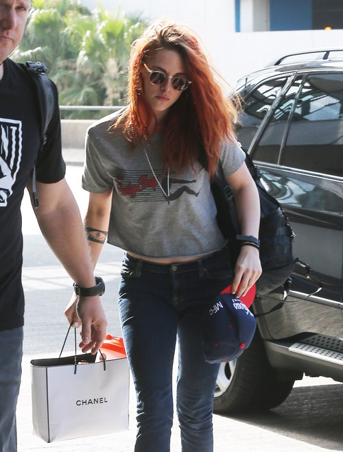 Kristen Stewart Catches A Flight At LAX