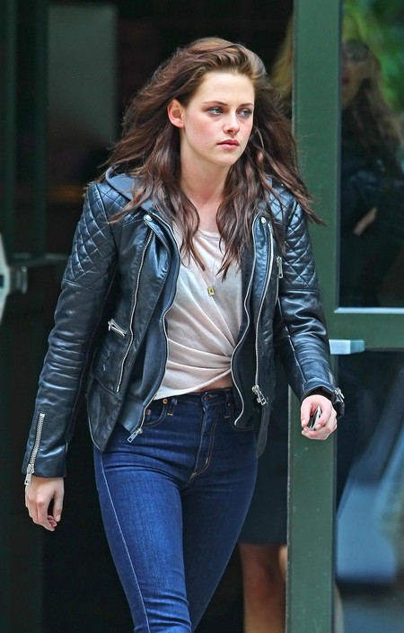 Kristen Stewart Uses Katy Perry To Break Out Of Her Frigid Shell