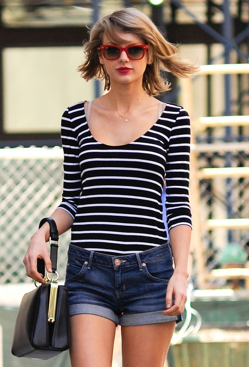 Taylor Swift Out With A Friend In New York Celeb Dirty