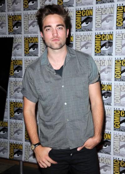 A Nervous Robert Pattinson Refuses To Bash Kristen Stewart In First Interview 0813
