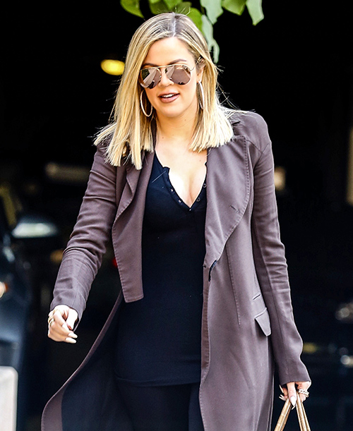 Rob Kardashian Skips KUWTK Thanksgiving, Feuds With Khloe Kardashian Over Lamar Odom Overdose – Hates Her Dating James Harden!