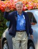 Semi-Exclusive... Jon Voight Goes Grocery Shopping