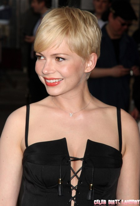 Jason Segal Totally Smitten With Michelle Williams