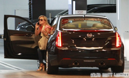 Reese Witherspoon Attends Lunch Meeting In Beverly Hills