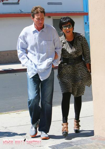 Kris Jenner & Bruce Jenner's Marriage Falling Apart Over Kids & Cash!