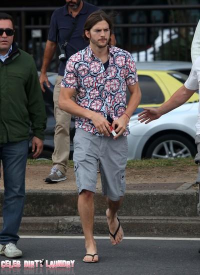 Ashton Kutcher Was The Last Man Supporting Joe Paterno