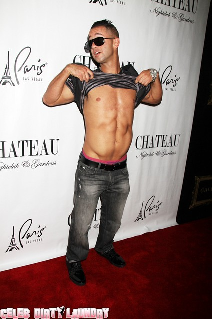 Abercrombie & Fitch Does NOT Want Jersey Shore's The Situation Wearing Their Clothes