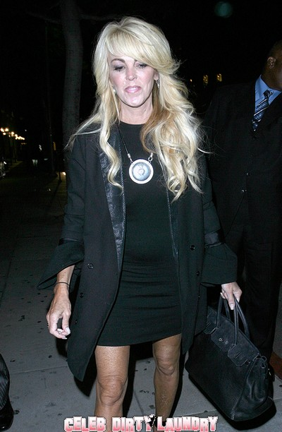 Prologue Of Dina Lohan's Memoir Exposes Lindsay Lohan's Dark Secrets