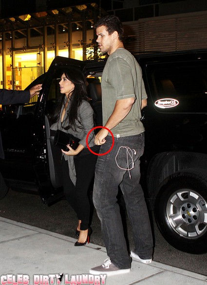 Kris Humphries Not Wearing His Wedding Ring Returns To Hotel With Kim Kardashian