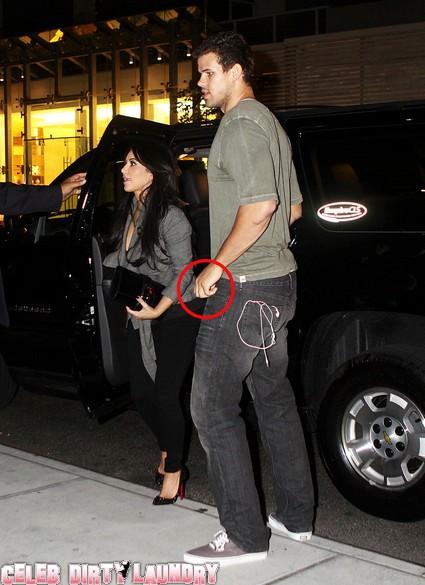 Kris Humphries Not Wearing His Wedding Ring Returns To Hotel With Kim Kardashian