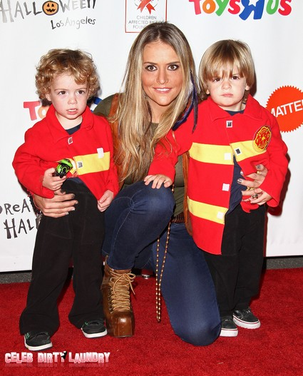 Brooke Mueller Breaks Down And Heads To Rehab