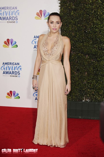 Miley Cyrus Looks Stunning At American Giving Awards