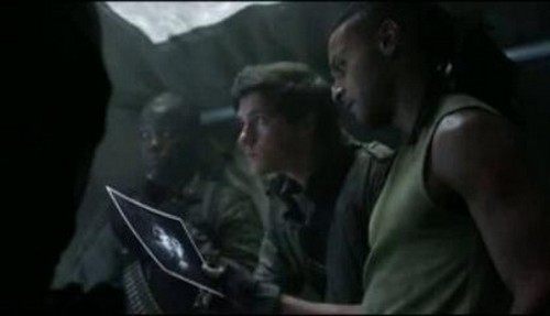 """Falling Skies Recap 8/10/14: Season 4 Episode 8 """"A Thing With Feather"""""""