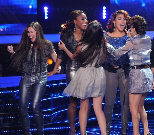 "Fifth Harmony and Demi Lovato Sing ""Give Your Heart A Break"" On The X Factor 12/19/12 (Video)"