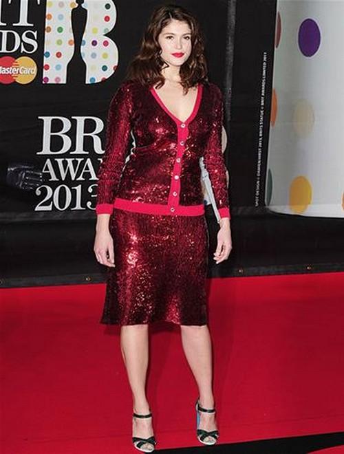 Gemma_Arterton-BRIT-Awards-2013-red-carpet-arrival