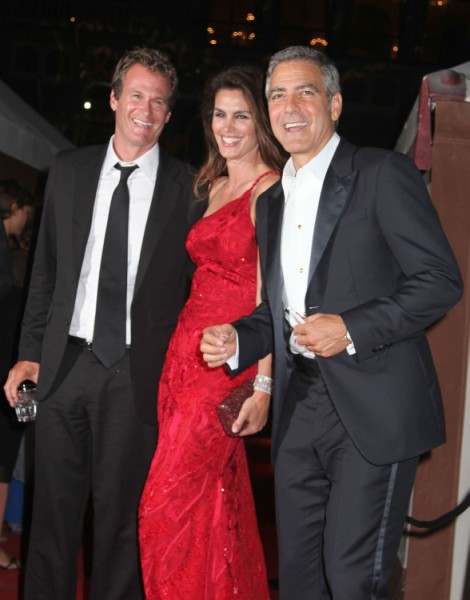 George Clooney And Stacy Keibler Swing With Cindy Crawford And Rande Gerber? 0109