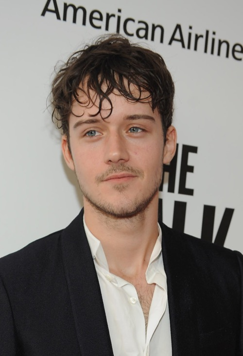 Newcomer Cesar Domboy to Replace Sam Heughan as Outlander's New Hot Guy?