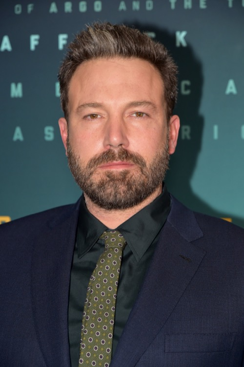 Ben Affleck Spotted Leaving Liquor Store After His Rep Denies He Drank At The 2017 Emmy Awards