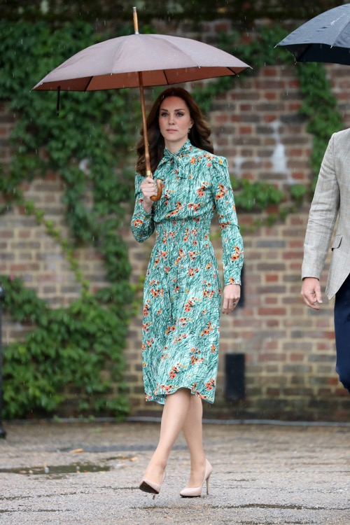 Kate Middleton Really Wants To Give Birth At Home For Her Third Baby