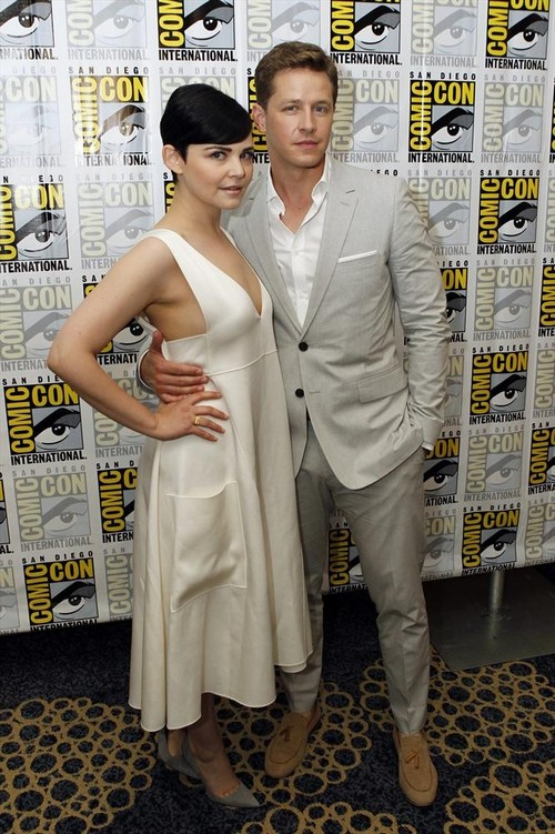 Ginnifer Goodwin and Josh Dallas Once Upon A Time Stars Are Engaged