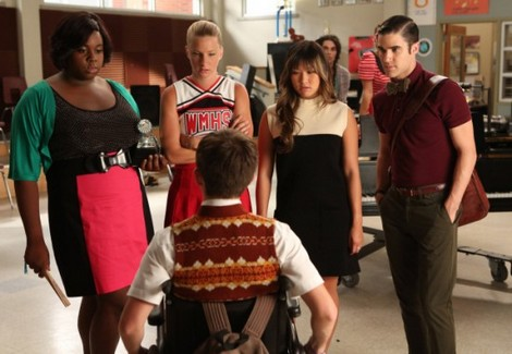 Glee Season 4: Premiere REVIEW - New Faces, New Songs, New Plot Holes