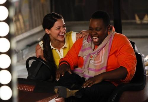 "Glee RECAP 9/26/13: Season 5 Premiere ""Love, Love, Love"""