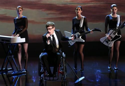 Glee_season_5_Episode_16