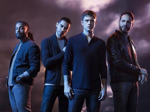 "Graceland Recap 6/11/14: Season 2 Premiere ""The Line"""
