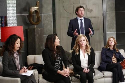 "Grey's Anatomy RECAP 2/21/13: Season 9 Episode 16 ""This Is Why We Fight"""