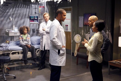 "Grey's Anatomy RECAP 5/8/14: Season 10 Episode 23 ""Everything I Try to Do, Nothing Seems to Turn Out Right"""
