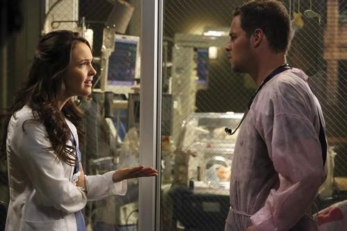 "Grey's Anatomy RECAP 4/25/13: Season 9 Episode 21 ""Sleeping Monster"""