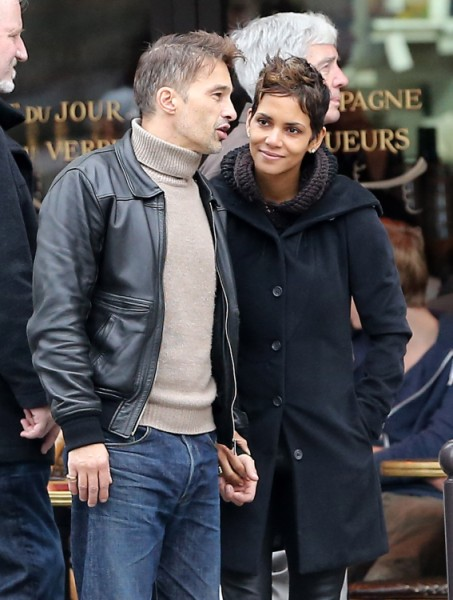 Halle_Berry_And_Olivier_Martinez_Wedding 2