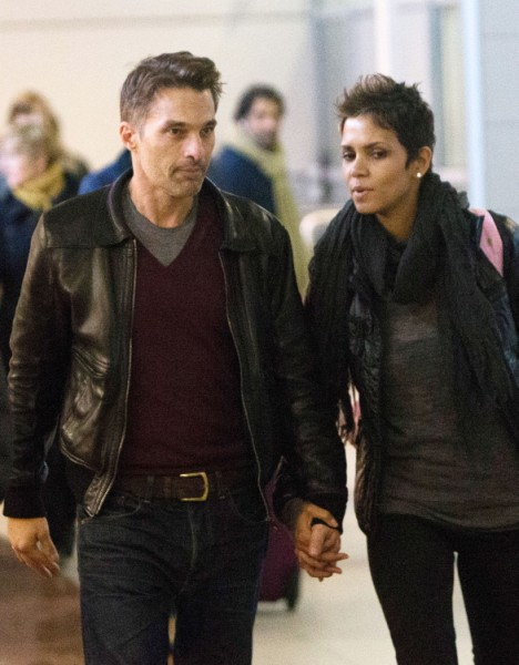 Halle Berry Abandons Nahla Aubry For Olivier Martinez At Christmas (Photos) 1223