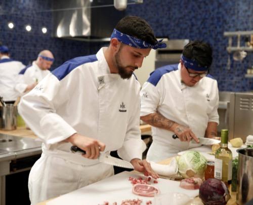 """Hell's Kitchen Recap 2/10/16: Season 15 Episode 5 """"14 Chefs Compete"""""""