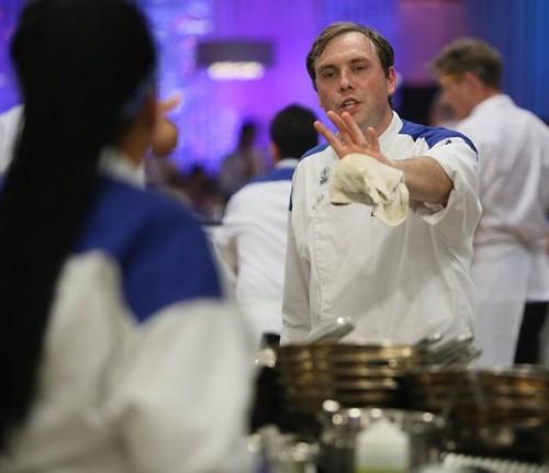 """Hell's Kitchen Recap """"9 Chefs Compete"""": Season 13 Episode"""