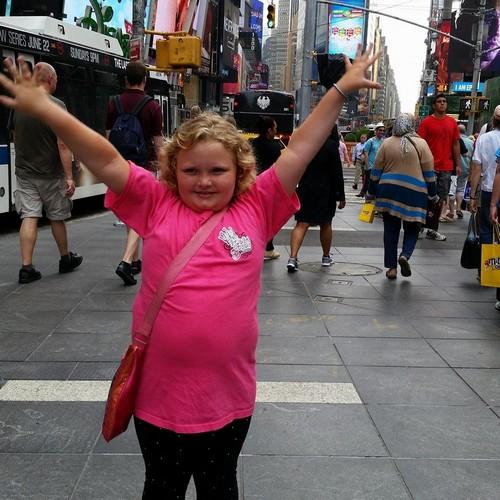 "Here Comes Honey Boo Boo RECAP 6/19/14: Season 4 Premiere ""3 Generations & 1 Pork Rind"""