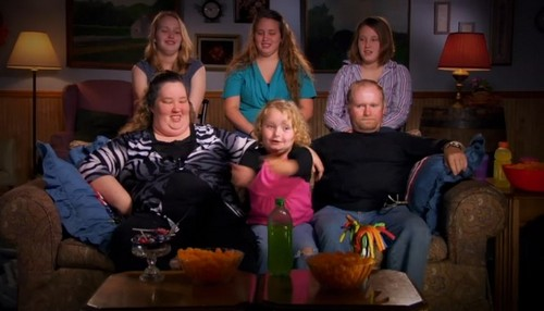 "Here Comes Honey Boo Boo RECAP 2/20/14: Season 3 Episode 10 ""You Need Your Thumb to Vacuum Clean"""