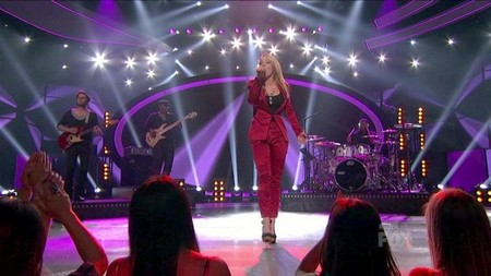 Hollie Cavanagh American Idol 2012 'SONG 2? Video 5/9/12