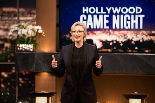 "Hollywood Game Night RECAP 5/29/14: Season 2 Episode 14 ""Off With the Top of Your Head"""