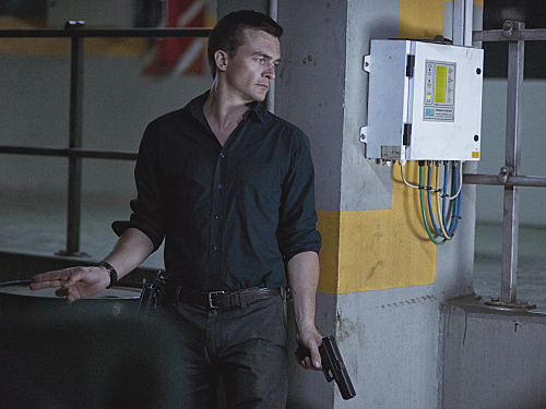"Homeland Recap - Embassy Under Attack, Who Dies - 4 Episode 10 ""13 Hours in Islamabad"""
