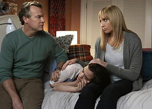 "Hostages RECAP 11/18/13: Season 1 Episode 9 ""Loose Ends"""