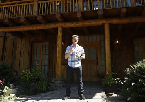 "Hotel Hell Recap Live and Detailed 8/4/14: Season 2 Episode 3 ""Applegate River Lodge"""