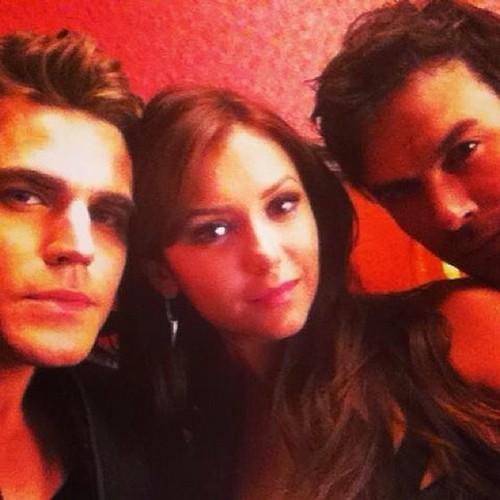 Ian Somerhalder And Nina Dobrev Continue Twitter Flirting - Reunion Rumors On The Vampire Diaries Set