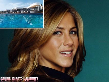Jennifer Aniston Is Getting Married On A Greek Island (Photo)