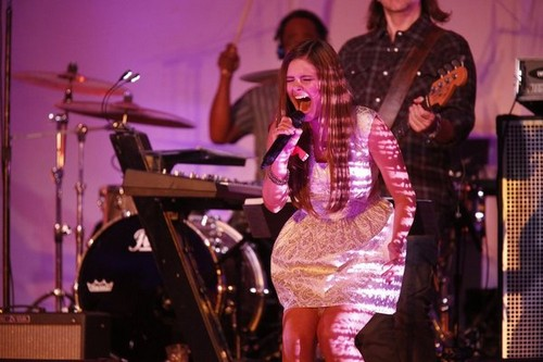 """Jacquie Lee The Voice Top 12 """"Love is Blindness"""" Video 11/11/13 #TheVoice"""